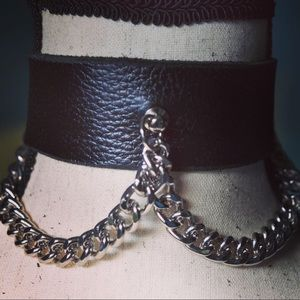 Jewelry - Leather and Chain Choker